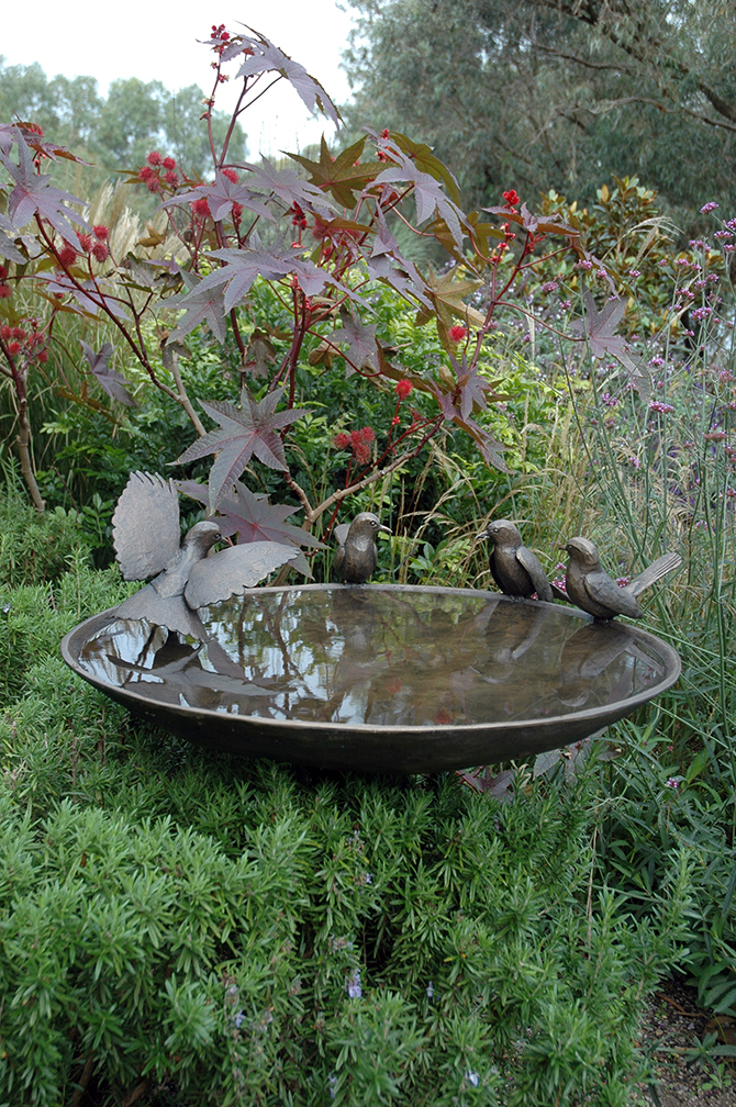 800mm 32inch Blackbird Birdbath